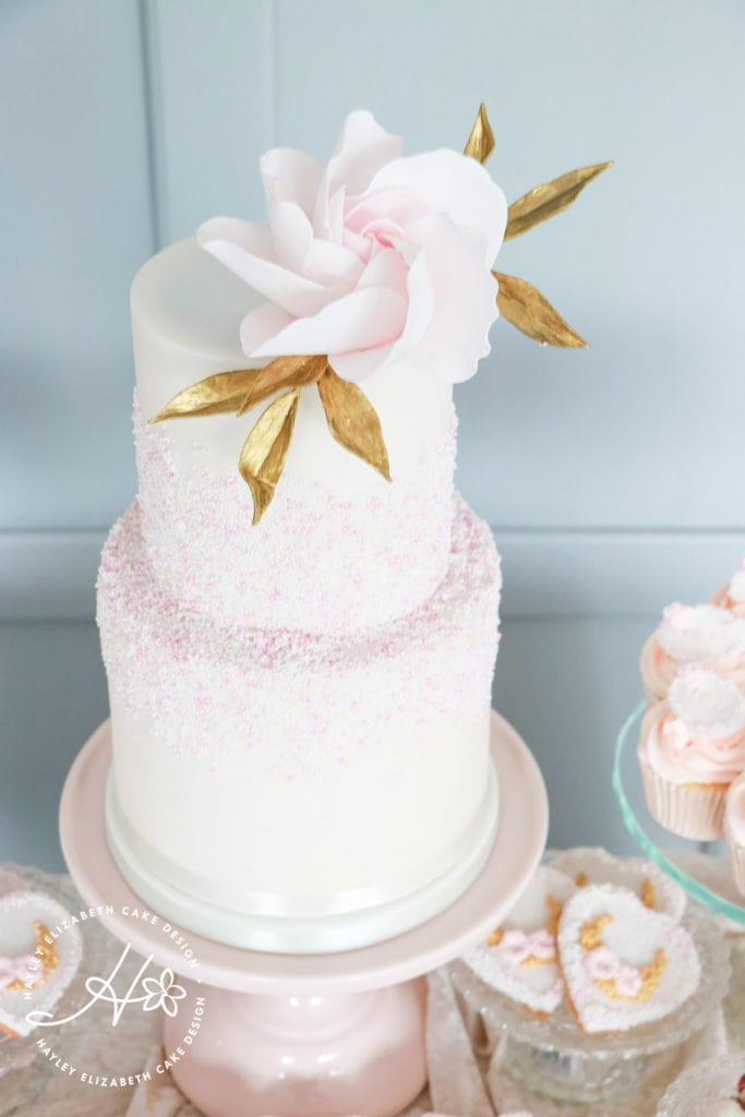 White, gold and pink wedding cake, elegant wedding cakes, sugar flowers, Hampshire and Dorset cake designer, wedding cake inspiration, luxury wedding cakes, hampshire wedding venues, dorset wedding venues, wedding cake ideas, wedding cake inspiration