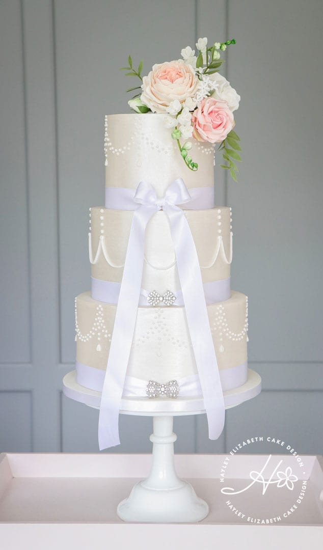 Shimmer and white piping wedding cake with sugar flowers. Luxury wedding cake, elegant wedding cake, fondant icing wedding cake, wedding cake inspiration