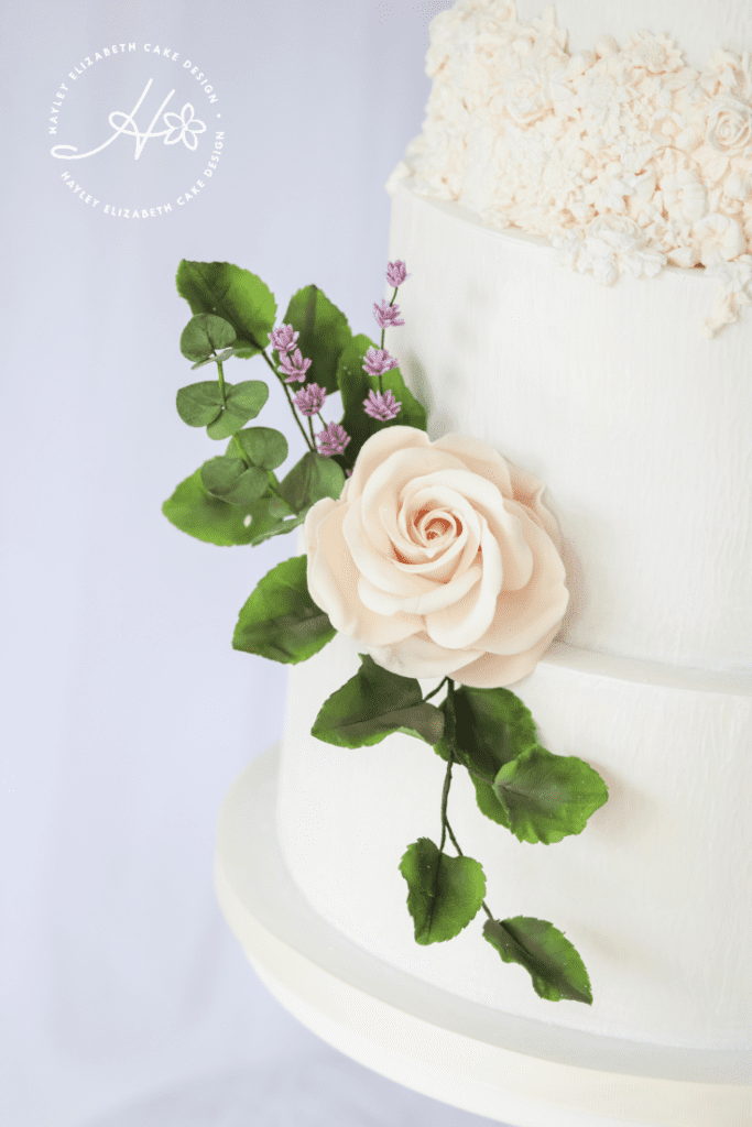 Wedding cake with sugar flowers, sugar rose and greenery, wedding cake details, luxury wedding cake, detailed wedding cakes